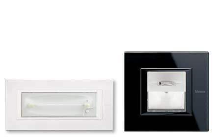 Lampade-segnapasso-e-lampade-di-emergenza
