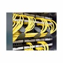 Linking interface: protects the cables and guarantees the bending radius between the cabinet and the cable trunking.